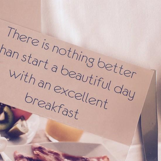 esencialproyectos-marca-hotel-laquinta-carta-desayuno-2